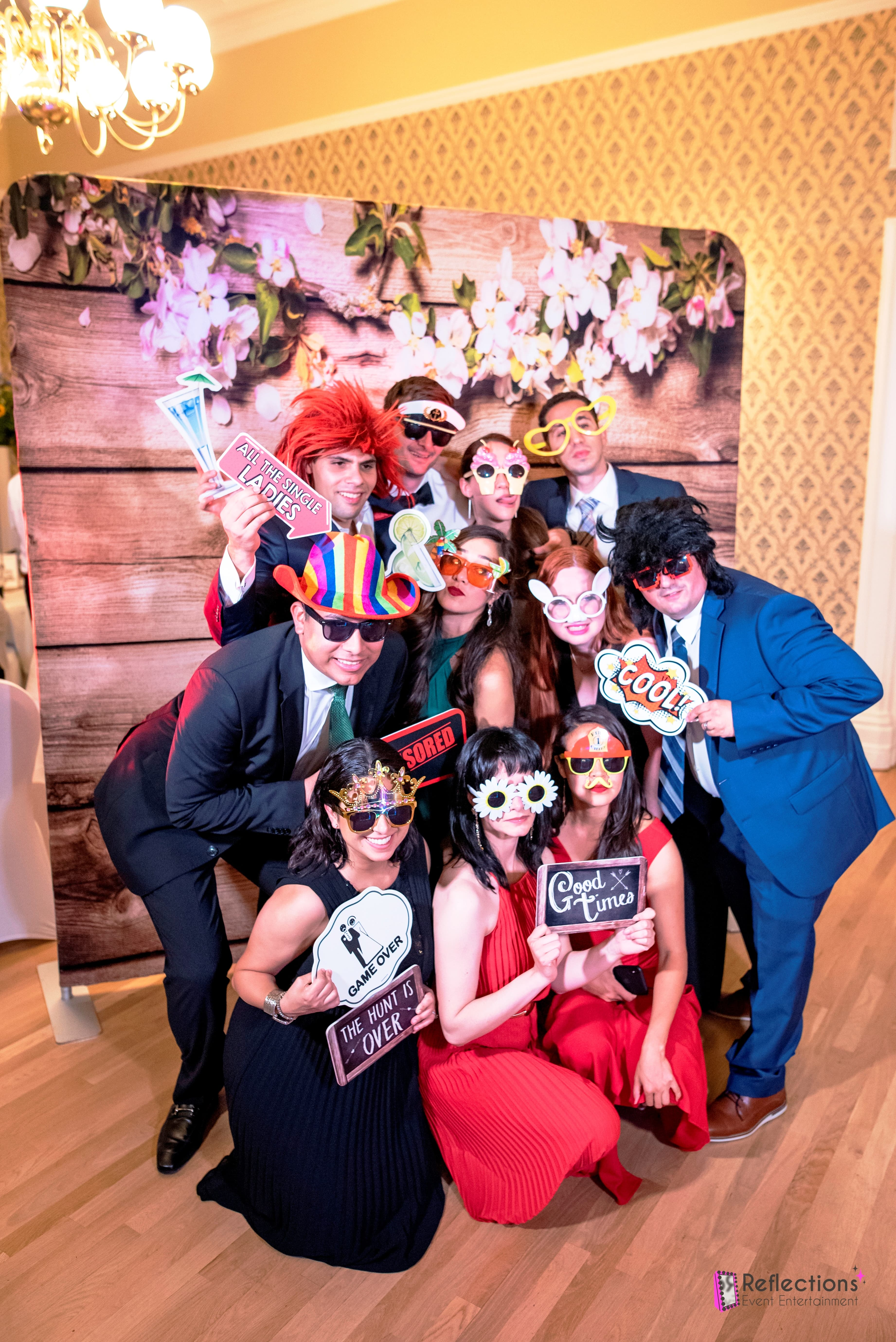 weddings, receptions, magic mirror photo booth